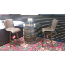 Stylish Jim Beam Glass Pub Style Tabe and 2 Bar Stools